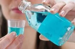 Антисептические ополаскиватели для рта очень опасны, выяснили ученые