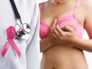 Прием тамоксифена в течение пяти лет значительно уменьшает риск развития рака молочной железы