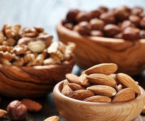 Орехи снижают риск рака