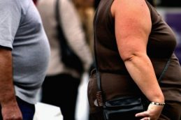 Набор лишнего веса в среднем возрасте повышает риск развития рака желудка и пищевода