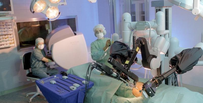 Уменьшает ли риск прогрессирования облучение параортальных лимфоузлов при раке шейки матки?