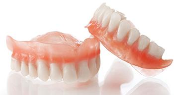 Зубные протезы как фактор риска развития рака полости рта