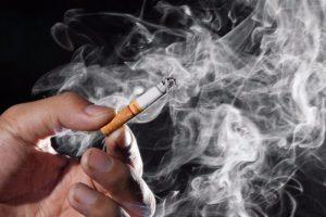 Курильщикам помогут предотвратить рак легких чай и фрукты