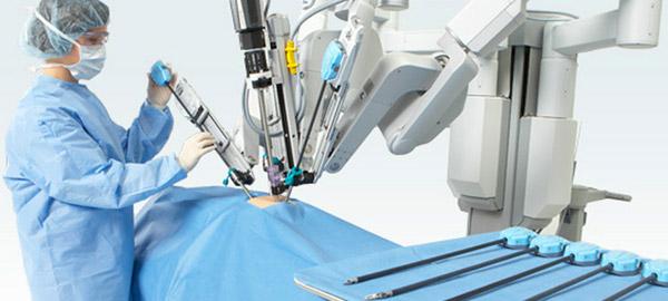 В России до конца 2018 года появится робот-хирург для лечения рака