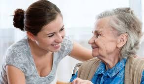 Правильное общение с пожилыми людьми
