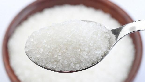 Специалисты выяснили, почему сахар стимулирует рост раковых опухолей