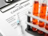 Чем злокачественная опухоль отличается от доброкачественной ?