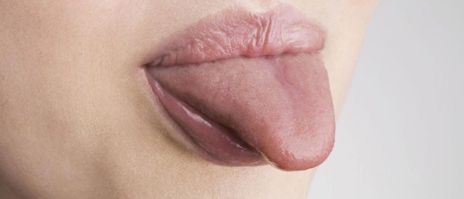 Немеет кончик языка: причины и лечение