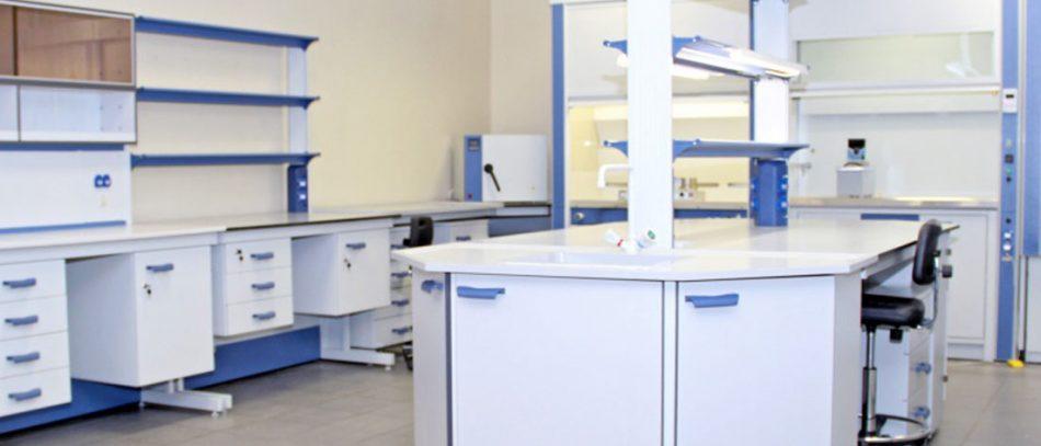 К мебели медицинской — особые требования