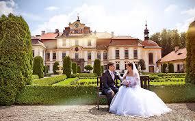 Мы предлагаем воспользоваться услугами свадебного агентства в Москве для того, чтобы организовать  полноценную свадьбу со всеми традициями и почестями