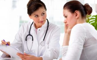 10 симптомов рака у женщин