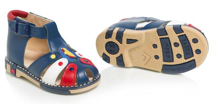 Ортопедическая обувь для детей: особенности и достоинства