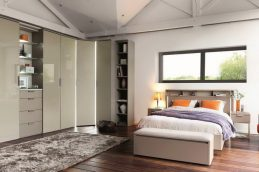 Многофункциональный шкаф в спальне