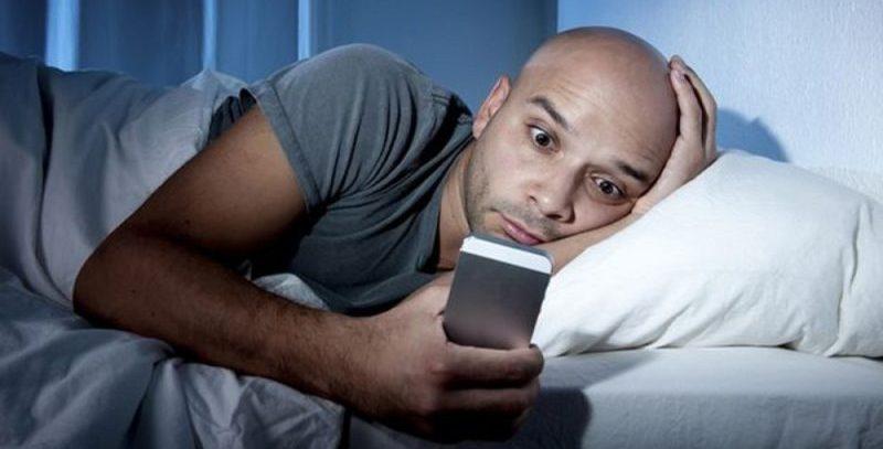 Нарушение сна приводит к раку и онкологии