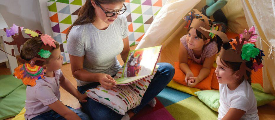 Няня предлагает сидеть с детьми бесплатно, чтобы мамы могли провериться на рак шейки матки