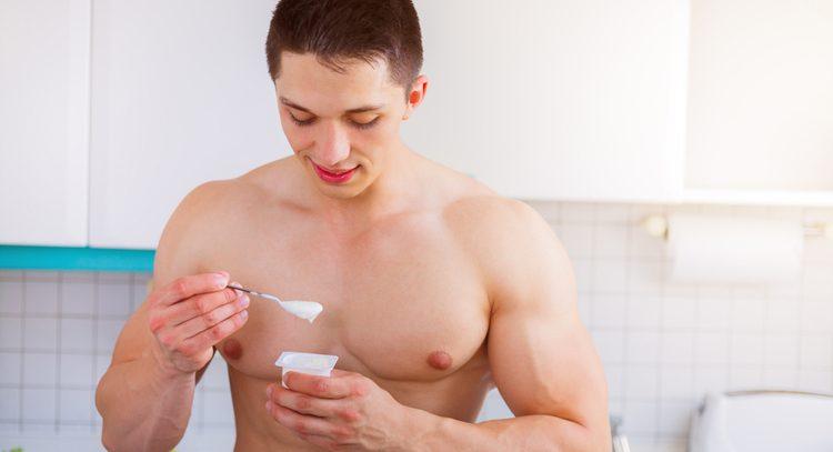 Йогурт снижает риск рака кишечника у мужчин