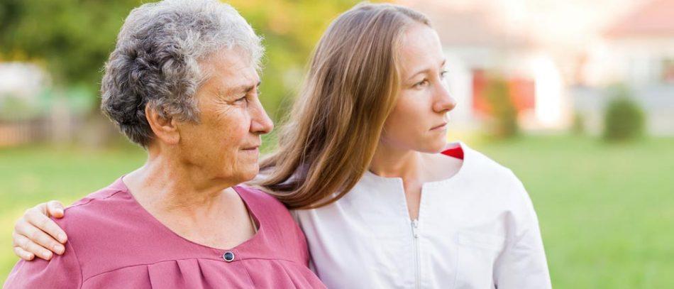 Ухаживать за больным деменцией и продолжать работать: это возможно?
