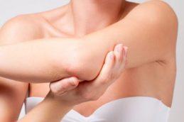 Дерматолог рассказал, чем опасны средства для увлажнения кожи