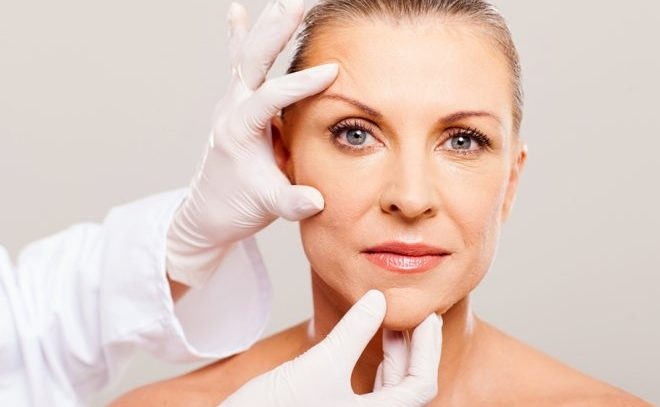 Омоложение кожи лица: борьба со старением