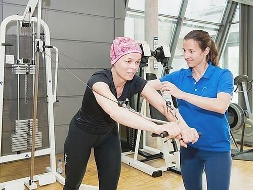Мифы в онкологии. Рак у пожилых протекает медленнее?