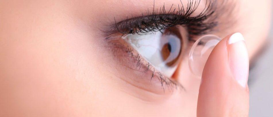 Как лечить глаза линзами