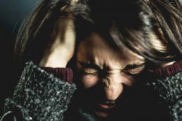 Эксперты Mayo Clinic перечислили восемь симптомов рака головного мозга