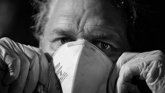 Пожилые люди склонны недооценивать опасность пневмонии — исследование