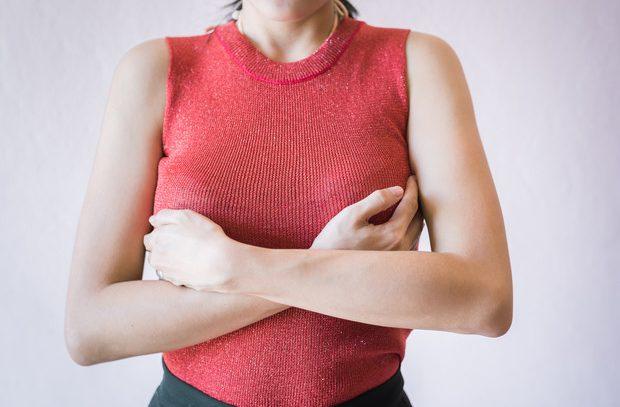 Боли в сосках: причины и лечение