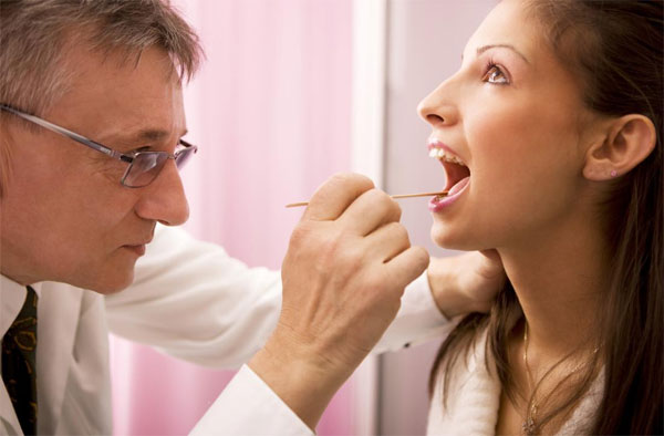 При каких легких симптомах нужно обратиться к врачу