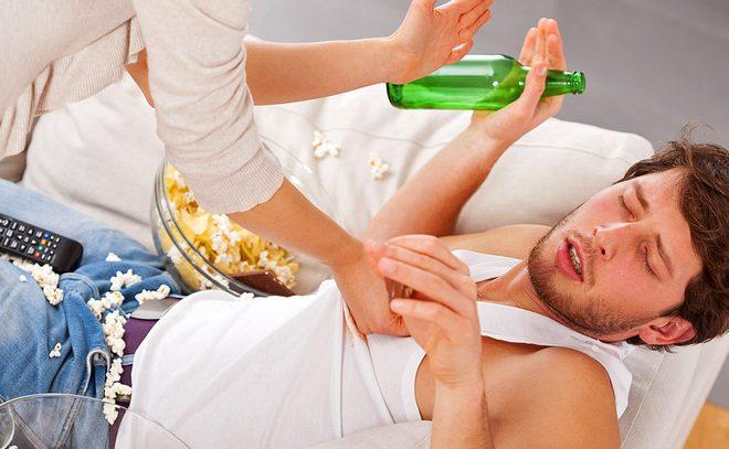 Как вывести из запоя алкоголика?