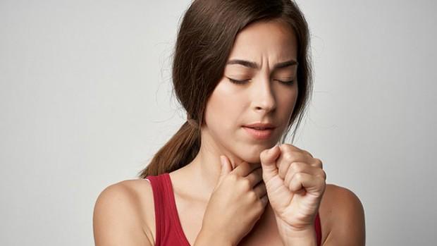 Боль в горле может быть признаком рака гортани